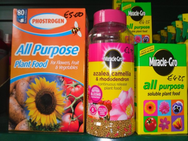 Plant Food garden products from Dunwiley Nurseries & Garden Centre, Stranorlar, Donegal